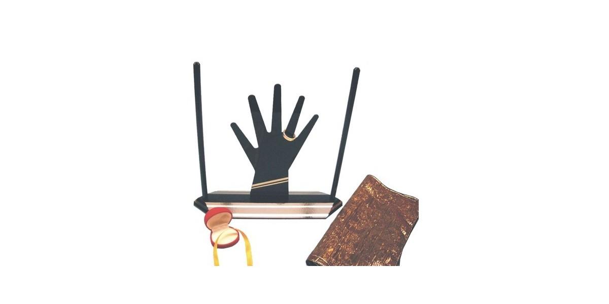 Como anillo al dedo by Arsene Lupin