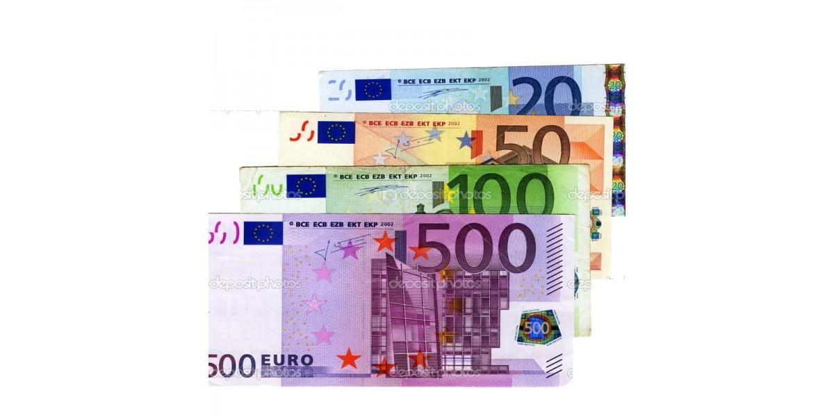 Billetes falsos surtidos