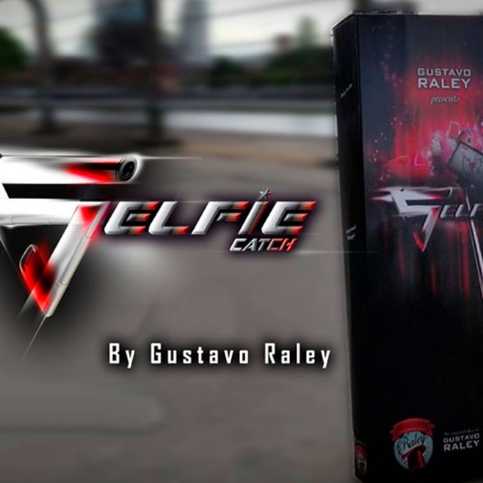 Selfie Catch by Gustavo Raley